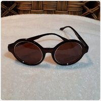Brown sungglass new..