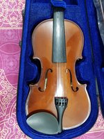 Used Violin...Never used. in Dubai, UAE