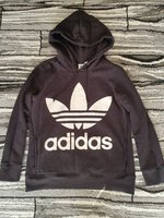 Used Adidas trefoil hoodie for women Small in Dubai, UAE