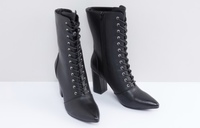 Used Classic Cowboy boots for women in Dubai, UAE
