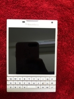 Used Blackberry passport check description in Dubai, UAE