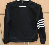 Used Sweatshirt, L size in Dubai, UAE