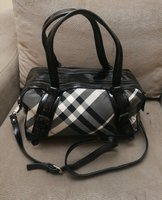 Used Authentic Burberry handbag. in Dubai, UAE