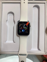 Used Apple watch series 4 copy White 44mm😎 in Dubai, UAE