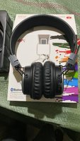 Used WIRELESS HEADPHONE NEW✌🏻 in Dubai, UAE