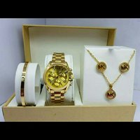 MICHAEL KORS WATCH & JEWELRY SET
