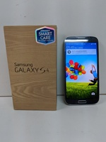 Used Samsung Galaxy S4 with box & accessories in Dubai, UAE