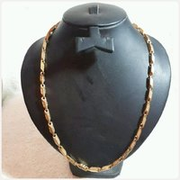 Used VERSACE NECKLACE for Men's fashion. in Dubai, UAE