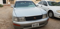Used Lexus ls 400 in Dubai, UAE