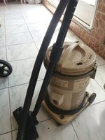Used HITACHI VACCUM CLEANER GAINT 17 LITRES in Dubai, UAE