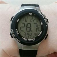 Brand New Gents Watch..black Rubber Strap With Stop Watch N Thermometer,DATE N TIME