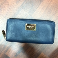 Used Authentic Micheal Kors wallet in Dubai, UAE