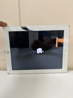 Used iPad 4th generation 16 GB in Dubai, UAE