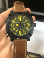 army men watch