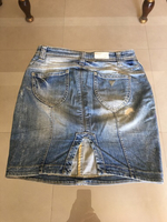 Used Jeans skirt guess small size stylish  in Dubai, UAE