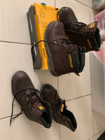 Used Caterpillar safety shoes in Dubai, UAE