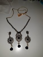 Used Beautiful kundan set in Dubai, UAE