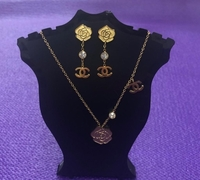 Used Fashion Jewelry Set/ Rose Gold  in Dubai, UAE