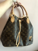 Used LV Neo Bucket Bag in Dubai, UAE