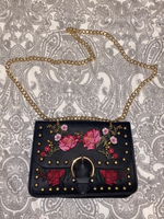 Used Woman handbag in Dubai, UAE