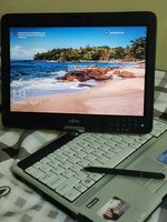 Used Lifetouch Laptop Fujitsu in Dubai, UAE