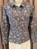 Used Grey ladies Blouse size S  in Dubai, UAE