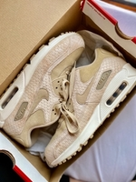 Used Original Woman Airmax 90 in Nude in Dubai, UAE