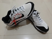 Used Nike AirMAX White/Black size 41 in Dubai, UAE