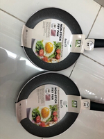 Used 2 pcsNon-stick FRY PAN.good quality /new in Dubai, UAE