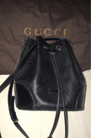 Used Used authentic GUCCI bucket bag in Dubai, UAE