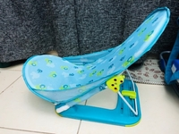 Used SUMMER INFANT DELUXE BATH CHAIR  in Dubai, UAE