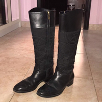 Used Tory Burch boots  in Dubai, UAE