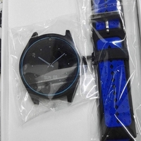 Used V9 smart watch with sim and calling  in Dubai, UAE