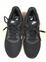 Used Nike Shoes size 41 EUR in Dubai, UAE