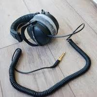 Used Beyerdynamic dt770 pro 250ohm in Dubai, UAE