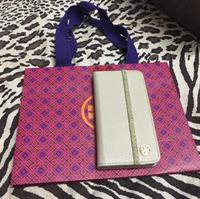 Used #original tory burch iphone 6s/6 used once looks brand new in Dubai, UAE
