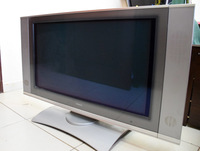 "Used Hitachi 32"" Inch TV with accessories in Dubai, UAE"