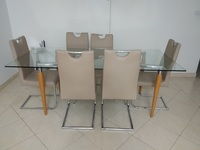 Used Dining table for sale in Dubai, UAE