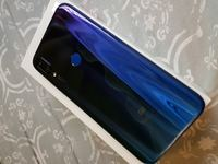 Used Xiaomi Mi Play 64Gb, 4Gb ram. in Dubai, UAE