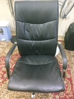 Used Black office chair in Dubai, UAE