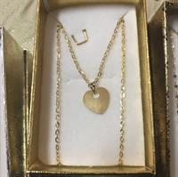 Necklace With Heart Flat Pendant#solid 18k# 1.07 Grms...price Per Pcs Not Per Grms...serious Buyer Only