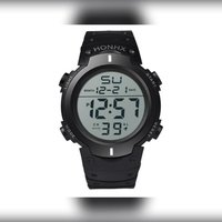 Used New sports water resistant watch in Dubai, UAE