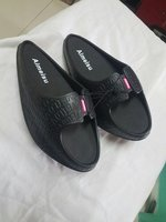 Used Amazing slimming  shoes black m . in Dubai, UAE
