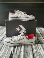 Used Converse for women in Dubai, UAE