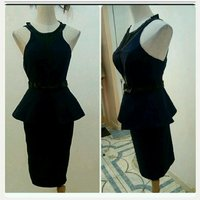 Used Elegant short dress in Dubai, UAE