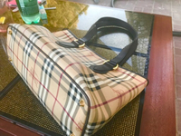 Used Original Burberry Handbag Leather  in Dubai, UAE