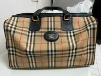 Used Use Vintage Burberry Bag  unisex  in Dubai, UAE