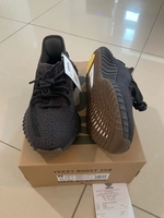 Used Yeezy boost 350v2 cinder US5 size in Dubai, UAE