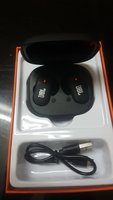 Used wireless headphones case rechargable in Dubai, UAE