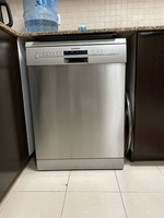 Used siemens dishwasher 9 Liters  in Dubai, UAE